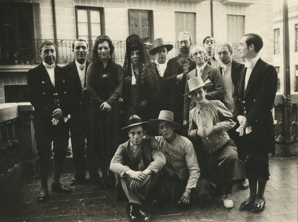 Jacinto Higueras en 1931 y la compañía de teatro
