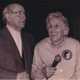 JHC,-con-Mari-Carmen-G.-Lasgoity-1998-1