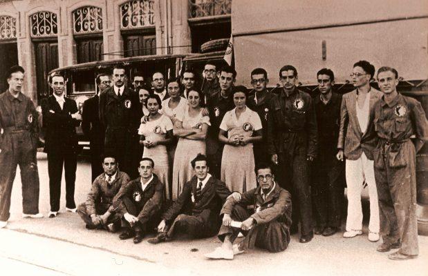 Jacinto-H1941.2. JHC con Concha Martín, o madrina Concha, Madrid verano 1941gueras-en-La-Barraca-1932-4