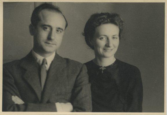 1942.3. Jacinto Higueras Cátedra con su mujer, Ana Mª Rodríguez Aragón, Madrid, 1942