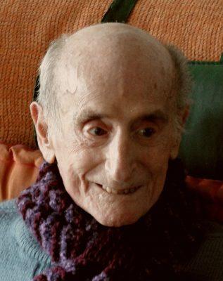 2009.5. JHC el día del funeral por su mujer Ana, Molino de la Hoz, diciembre 2009