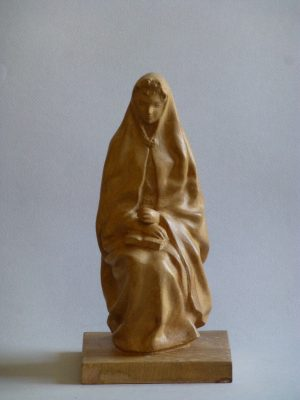 1943. Virgen sentada