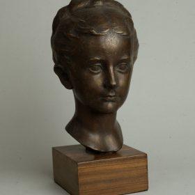 1948.5. Cabeza de su hija Ana, Bronce, 30x18x19 cms. 1948