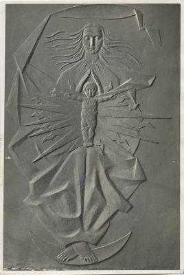 1956.1. Virgen de la Luz, bajorrelieve. Plástico transparente, 165x102 cm. Hidroeléctrica Española en Madrid. 1956