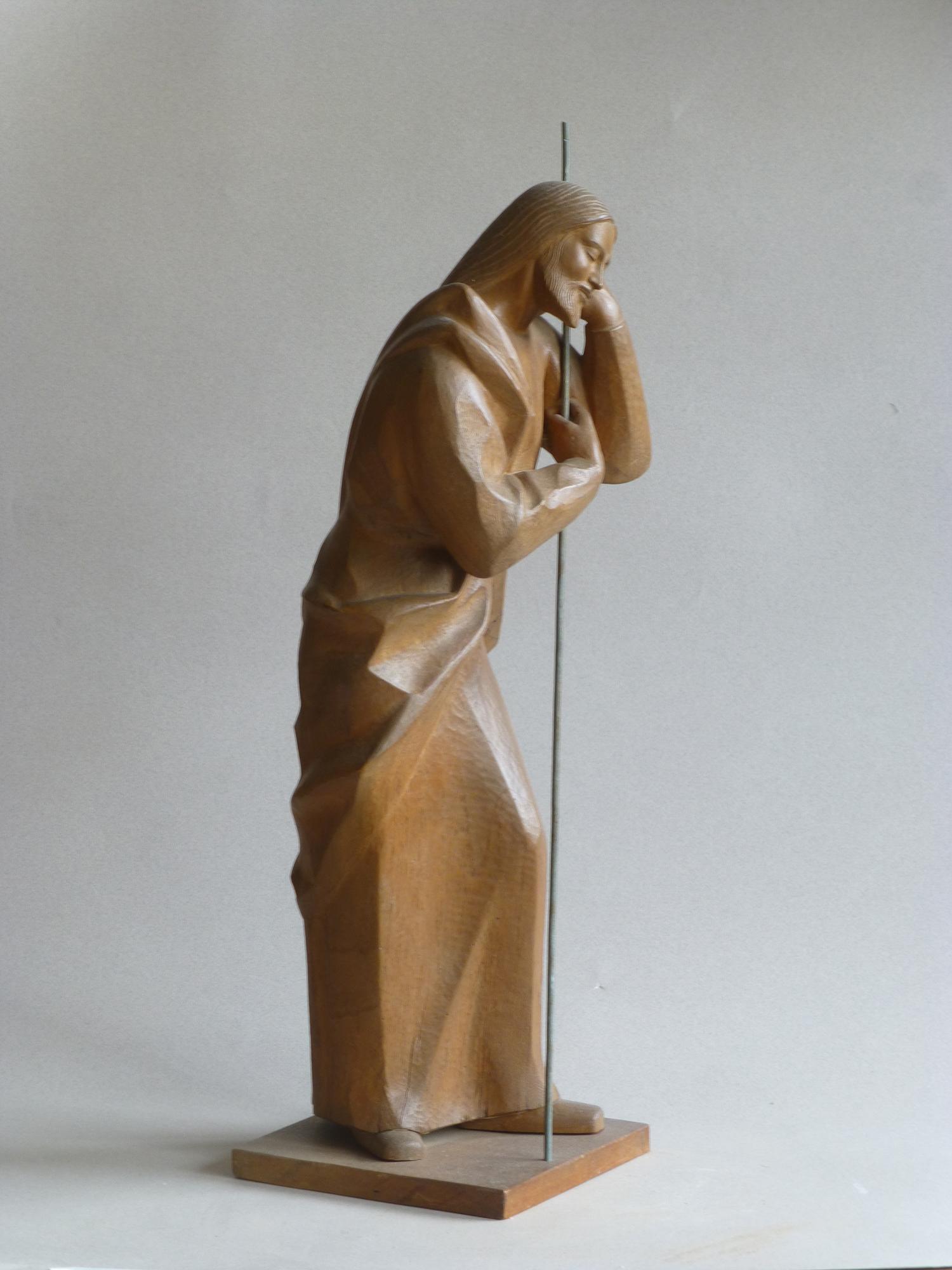 1959.2. San José. Nacimiento con 3 figuras, madera de nogal, 46x14x14 cms.,. 1959