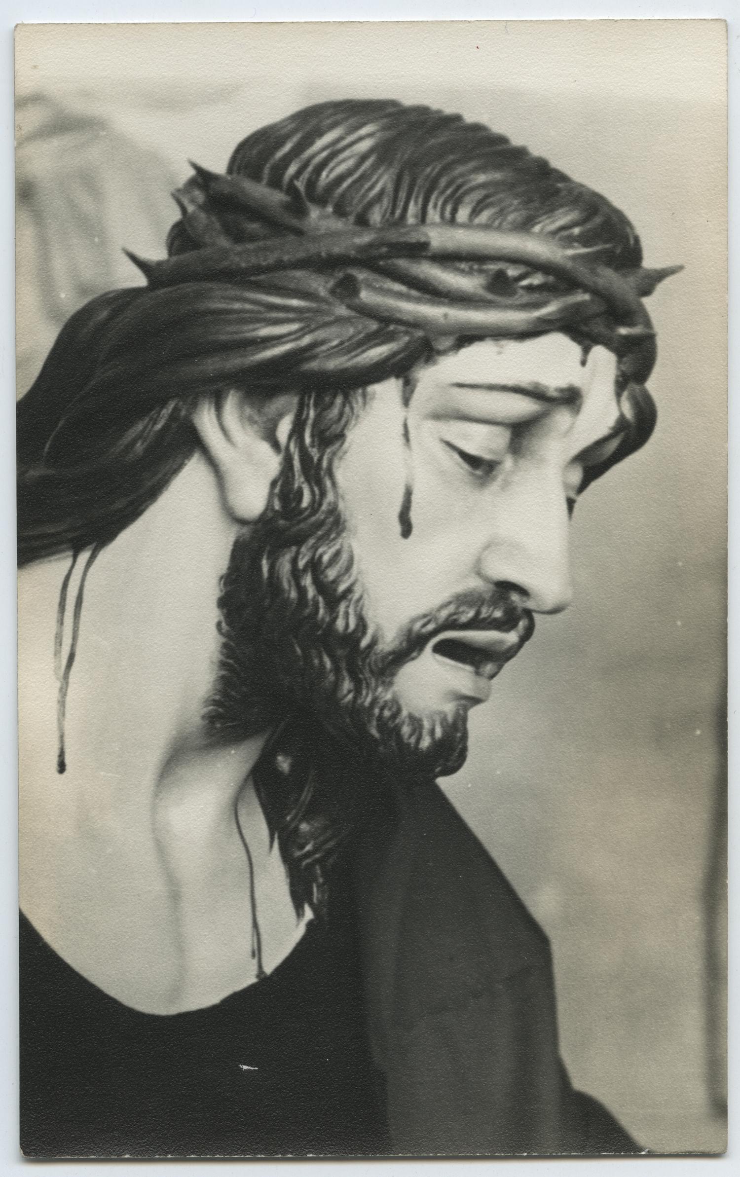1960.5. Jesús Caído o Nuestro Padre de los Agravios. Paso procesional. Talla en madera de pino policromada. Iglesia de Santa María del Collado, Santisteban del Puerto, Jaén. 1960