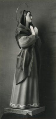 1962.3. Virgen Orante, talla policromada, 160 cm. Obispado de Sigüenza. Seminario de Sigüenza. 1962