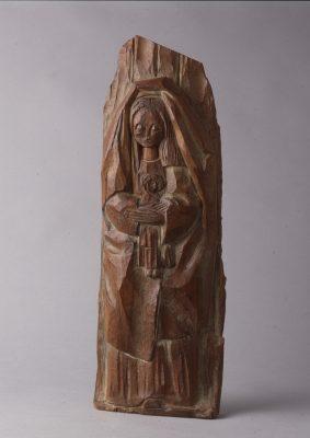1966.3. Virgen con Niño, Madera, talla directa, 47x17x4 cms. 1966