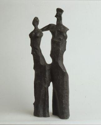 1970.4. Reyes Católicos, bronce, 46x18x13 cms.. 1970