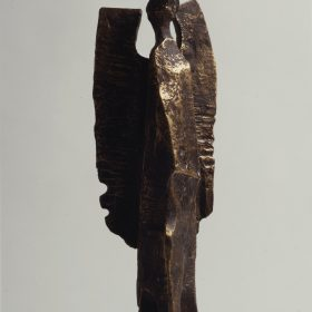 1975.9. Arcángel, trofeo, bronce, 25x10x07 cms. Certamen Internacional de Escultura Jacinto Higueras, Santisteban de Puerto, Jaén. 1975