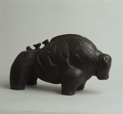 1976.5. Berraco, bronce, 14x35x15 cms. 1976