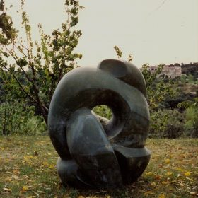1982.3. Miocardio, poliéster, cemento, 83x70x57 cms. Boceto Forma Monumental para Centro Médico, Santisteban del Puerto, Jaén. 1982